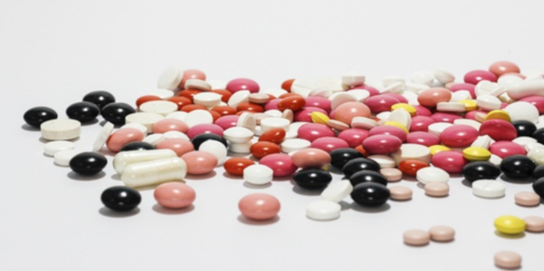 Smart drugs and synthetic nootropics
